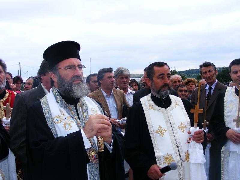 sfintire_troita_manastirea_casin