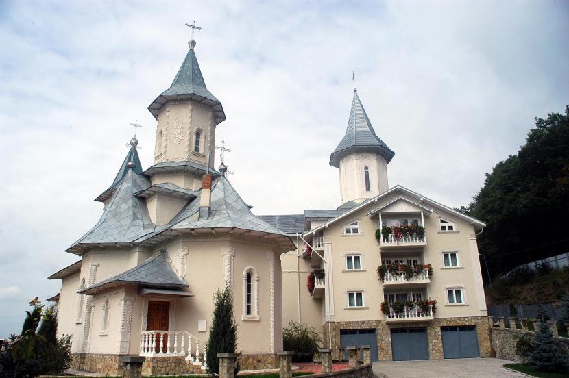 manastirea-tisa