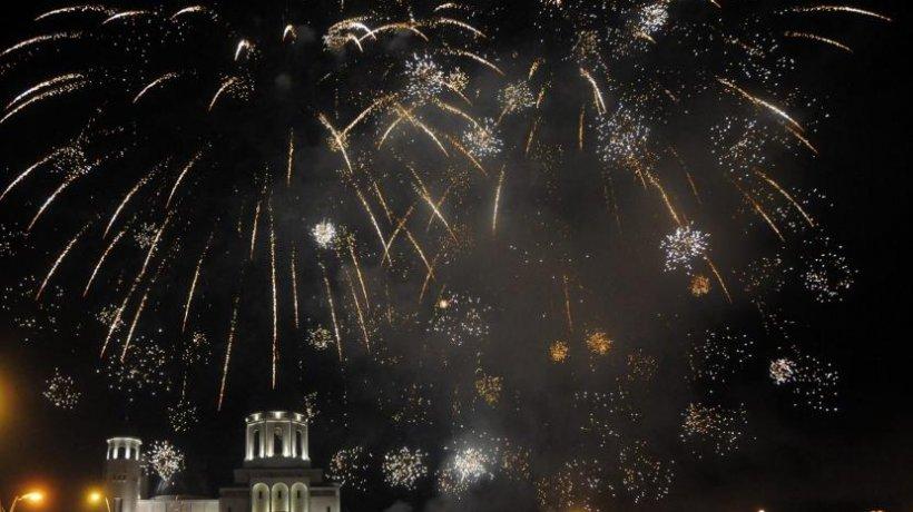 catedrala_bacau_artificii