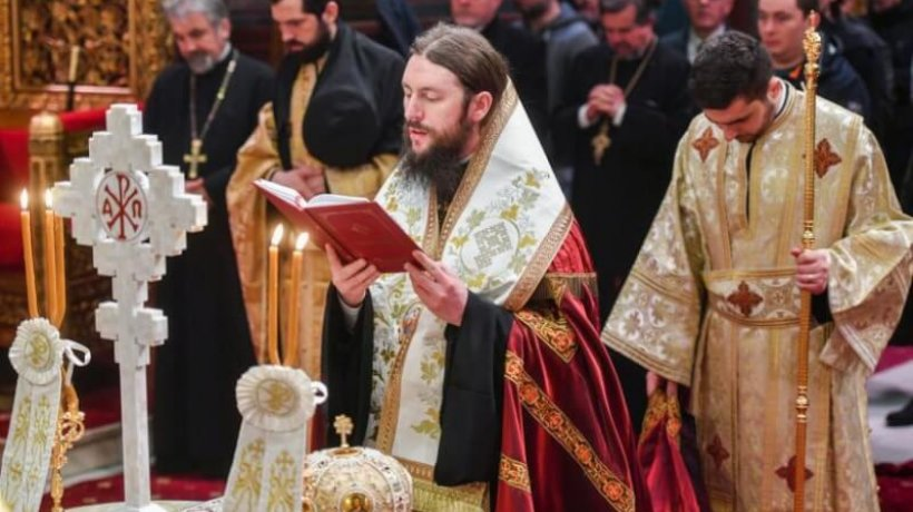 rugaciuni-inainte-de-intrunirea-adunarii-nationale-bisericesti-slujba-ceasurilor-si-te-deum-in-catedrala-patriarhala-4