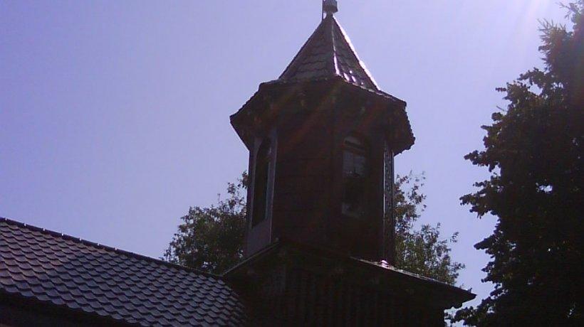 Biserica Izvoare 2