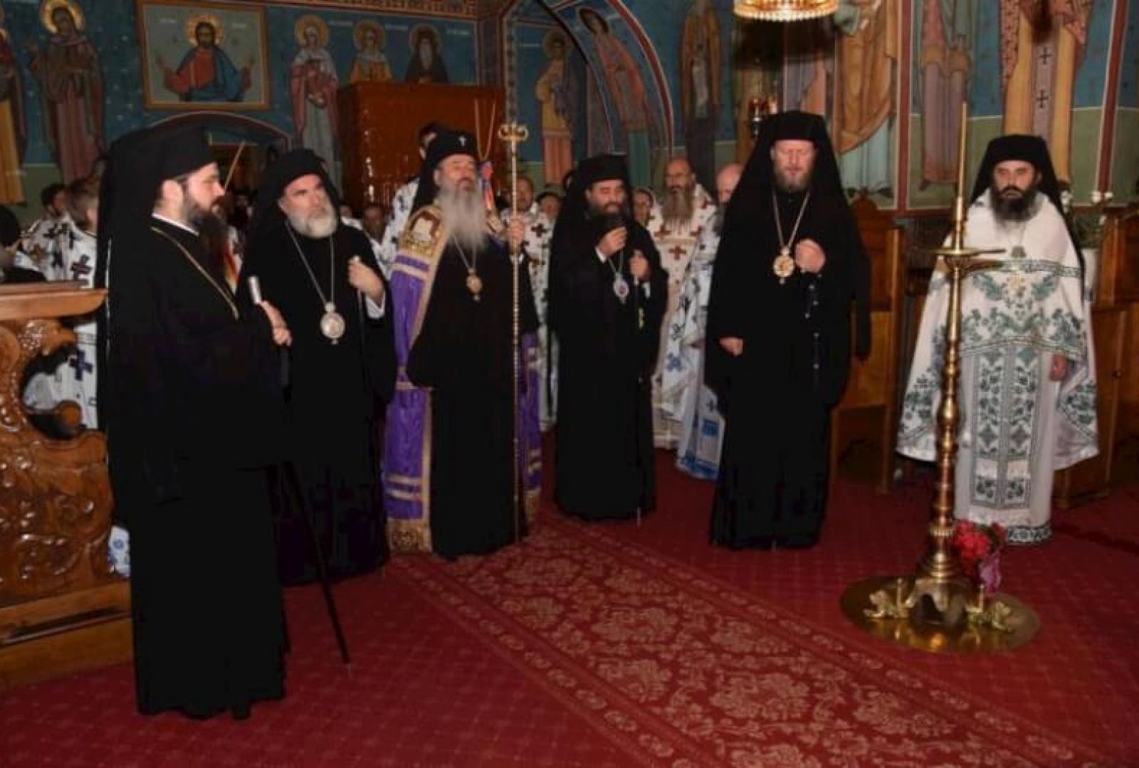 hram-manastirea-sihastria-foto-tudorel-rusu_2