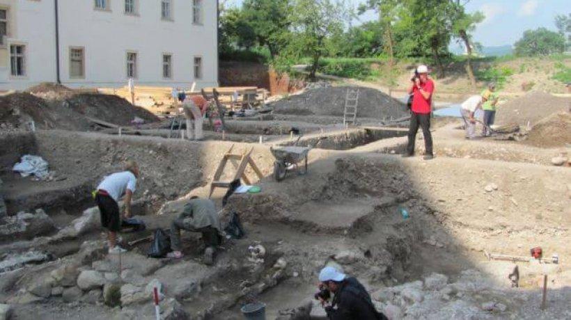 biserica-alba-iulia-2.x71918