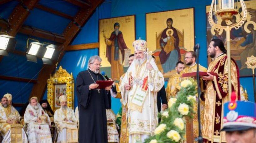 liturghie-hramul-catedralei-113.x71918