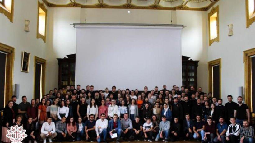 intalnirea-tinerilor-ortodocsi-din-moldova-124277