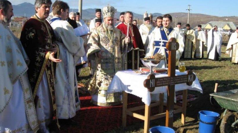 2011-sinaxa-moinesti-sfintire-loc-protopopiat